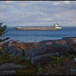 Trafic maritime sur le St-Laurent en face de la Côte Nord et… inuksuk?