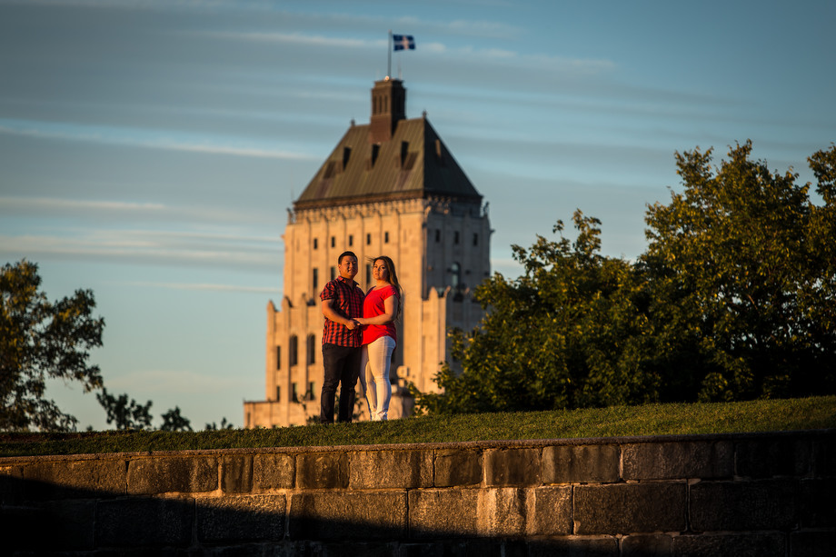 Engagement session in old Quebec city