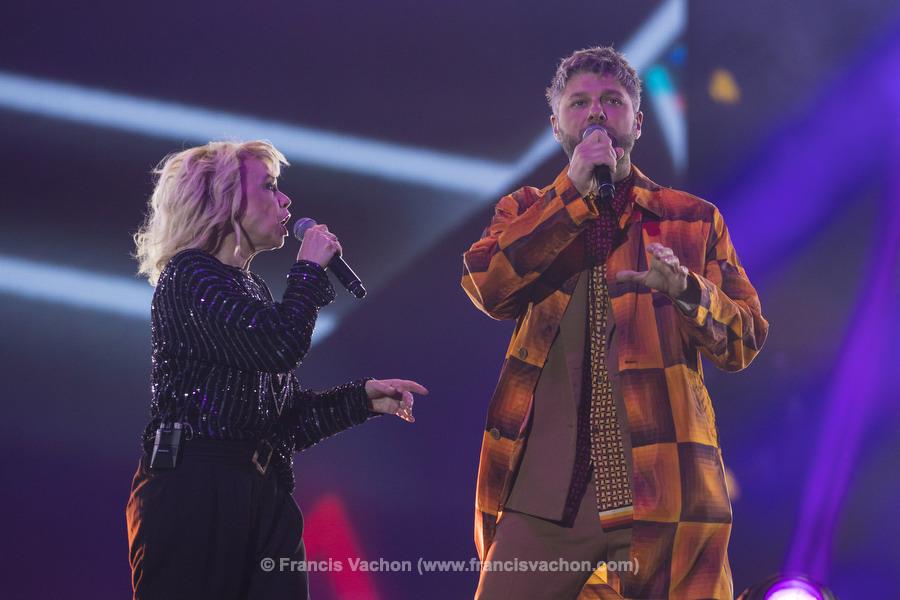 Martine St-Clair et Pierre Lapointe chantent sur scène lors de la fête nationale du Québec sur les Plaines d'Abraham à Québec le 23 juin 2019. Photo Francis Vachon pour Le Devoir.