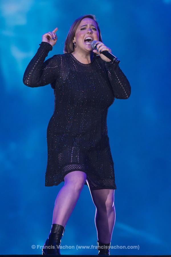 Ariane Moffatt chante sur scène lors de la fête nationale du Québec sur les Plaines d'Abraham à Québec le 23 juin 2019. Photo Francis Vachon pour Le Devoir.